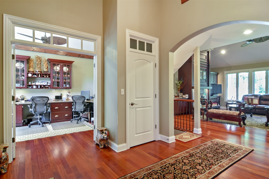Real Estate Photography - 1561 Pendelton Court, Palatine, IL, 60067 - Entryway