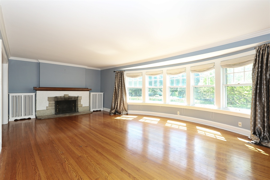 Real Estate Photography - 56 Norfolk Ave., Clarendon Hills, IL, 60514 - Living Room