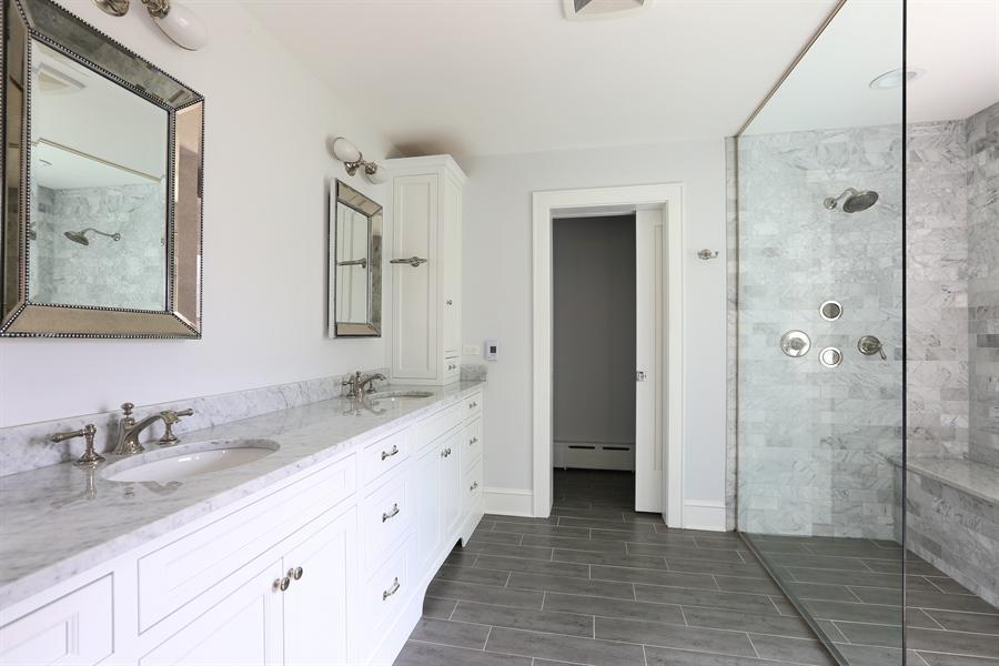 Real Estate Photography - 56 Norfolk Ave., Clarendon Hills, IL, 60514 - Master Bathroom