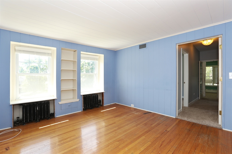 Real Estate Photography - 56 Norfolk Ave., Clarendon Hills, IL, 60514 - Bedroom