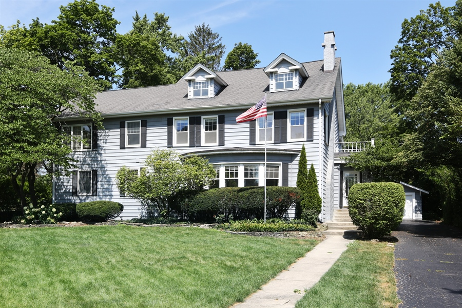 Real Estate Photography - 56 Norfolk Ave., Clarendon Hills, IL, 60514 - Front View