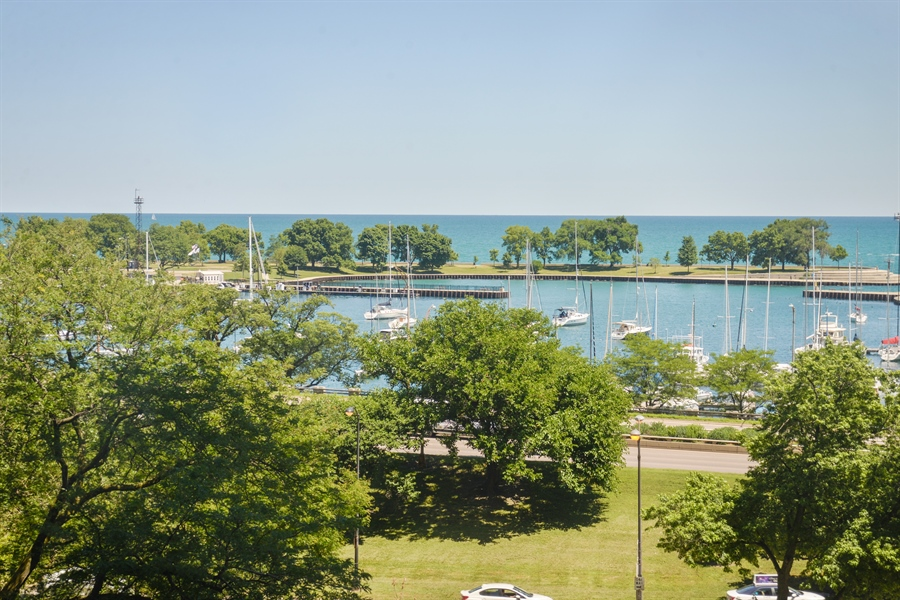 Real Estate Photography - 3150 N Lake Shore Drive, Apt 7F, Chicago, IL, 60657 - View