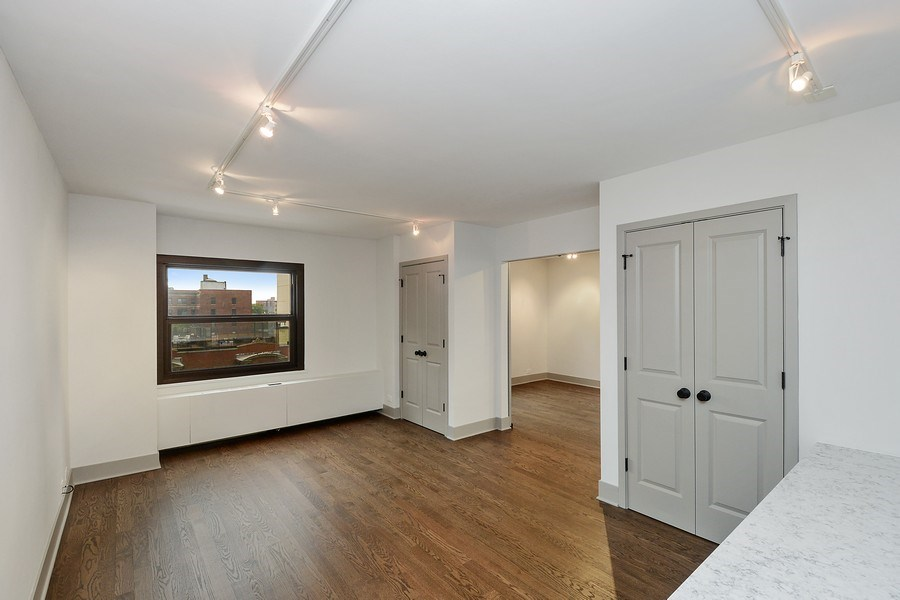 Real Estate Photography - 3150 N Lake Shore Drive, Apt 7F, Chicago, IL, 60657 - 2nd Bedroom