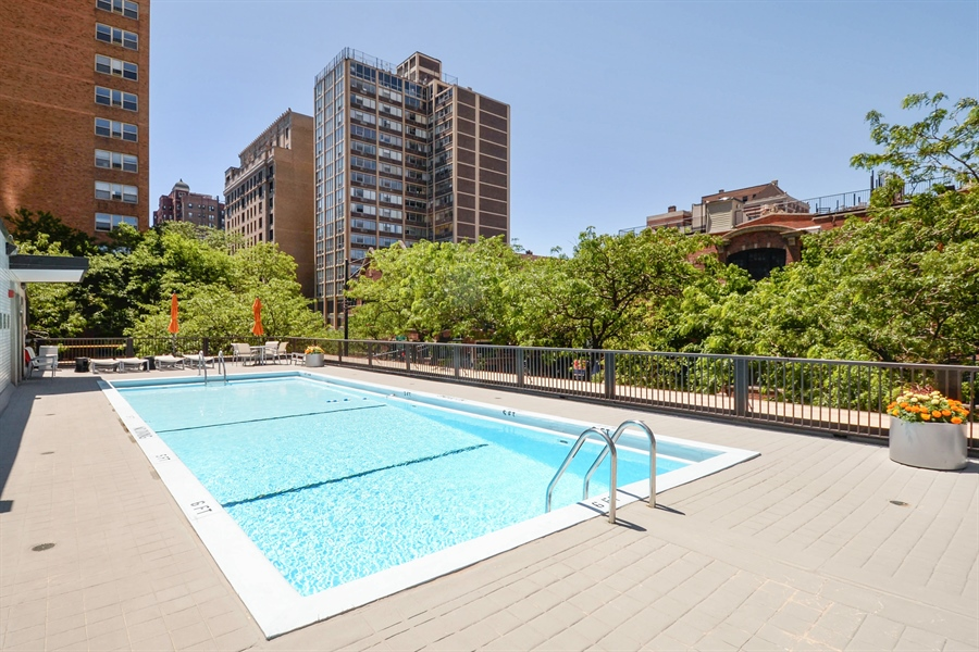 Real Estate Photography - 3150 N Lake Shore Drive, Apt 7F, Chicago, IL, 60657 - Pool