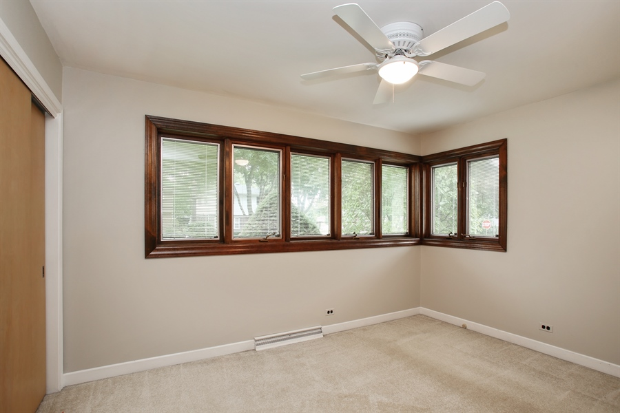 Real Estate Photography - 312 S Patton Ave, Arlington Heights, IL, 60005 - Bedroom