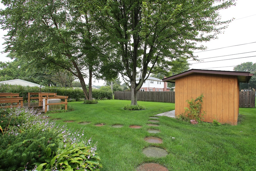 Real Estate Photography - 312 S Patton Ave, Arlington Heights, IL, 60005 - Back Yard
