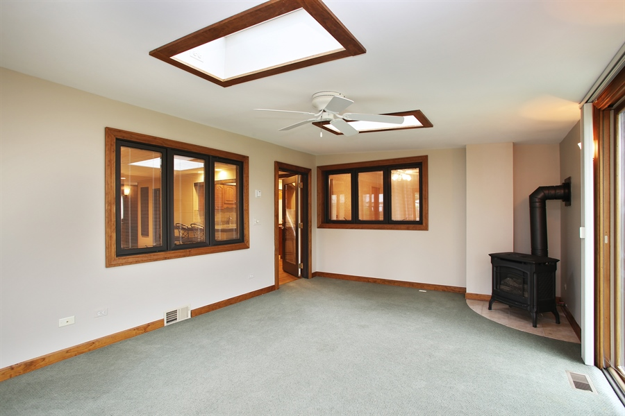 Real Estate Photography - 312 S Patton Ave, Arlington Heights, IL, 60005 - Sunroom