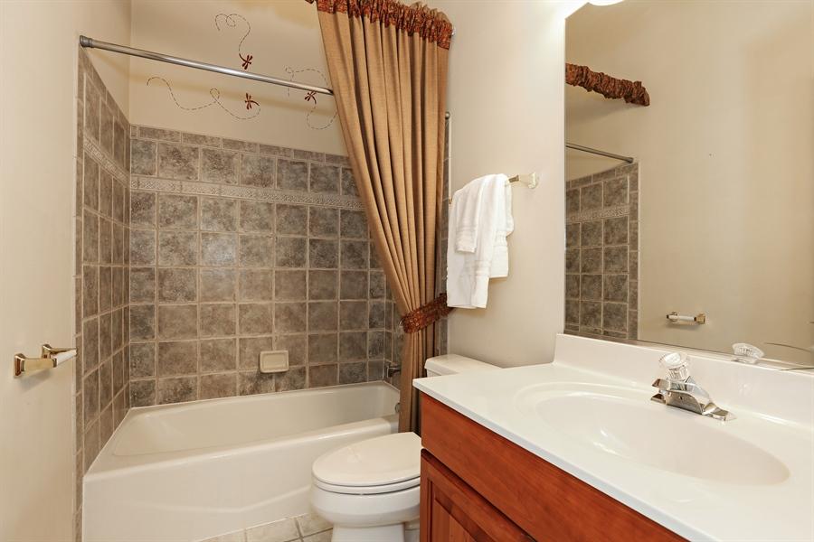 Real Estate Photography - 108 Santa Fe Lane, Willow Springs, IL, 60480 - Full Bathroom 2