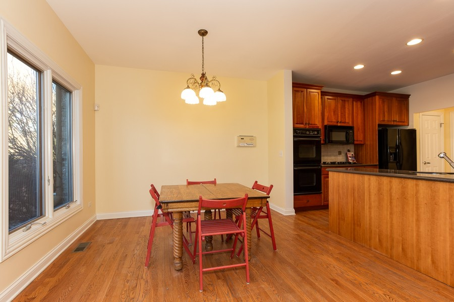 Real Estate Photography - 108 Santa Fe Lane, Willow Springs, IL, 60480 - Dining  Area