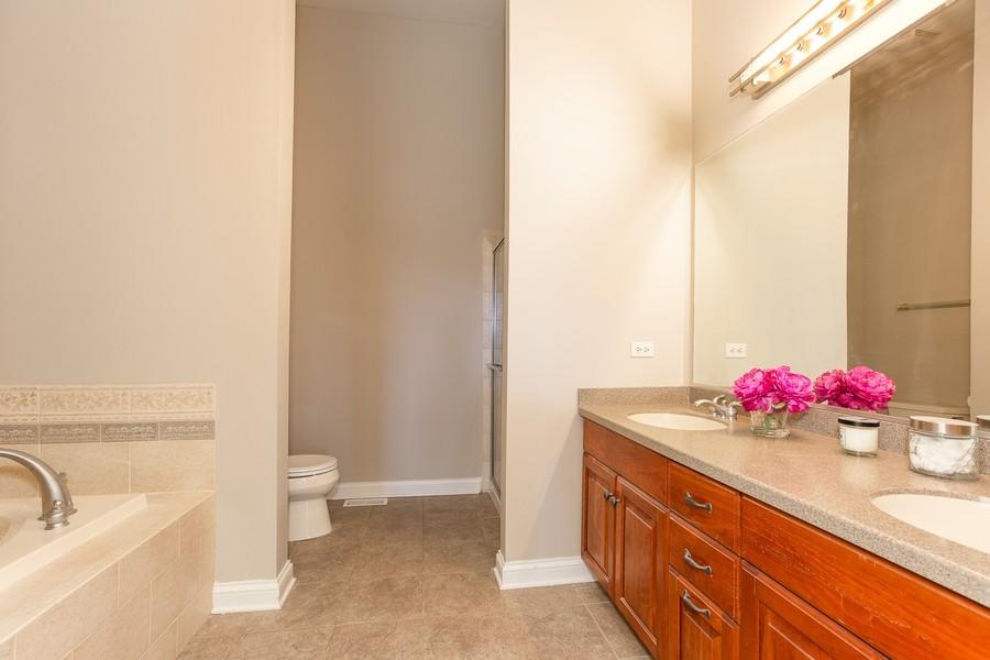 Real Estate Photography - 108 Santa Fe Lane, Willow Springs, IL, 60480 - Master Bathroom