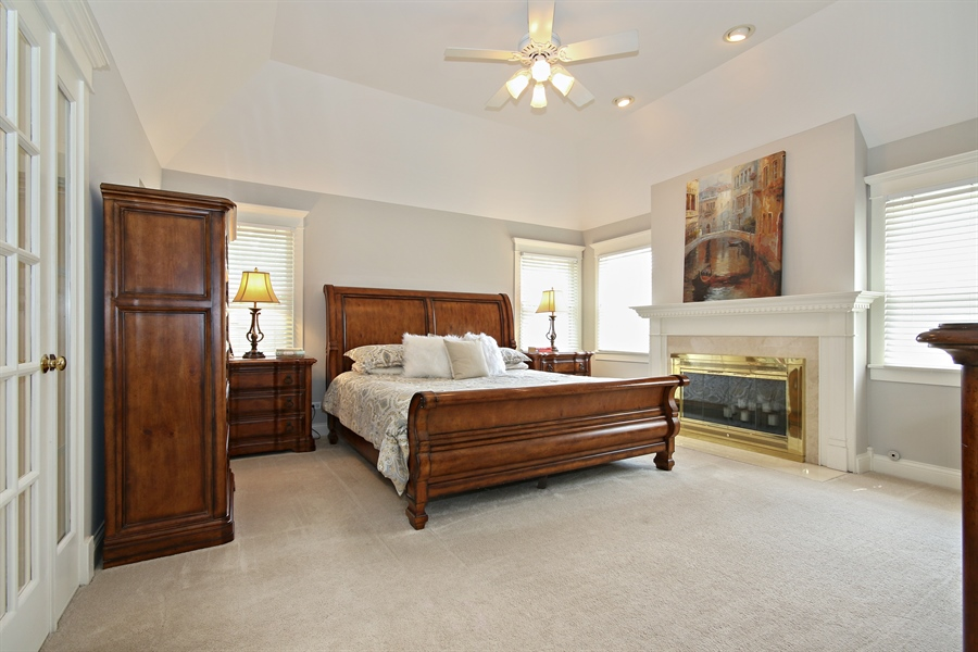 Real Estate Photography - 323 Phillippa St, Hinsdale, IL, 60521 - Master Bedroom
