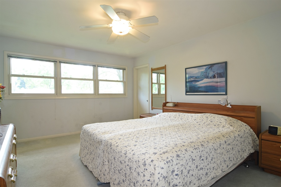 Real Estate Photography - 719 E Ivy Ln, Arlington Heights, IL, 60004 - Master Bedroom
