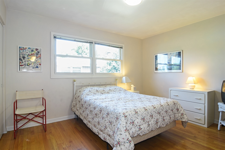 Real Estate Photography - 719 E Ivy Ln, Arlington Heights, IL, 60004 - 3rd Bedroom
