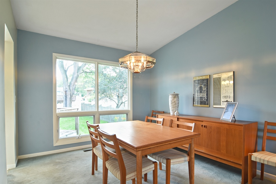 Real Estate Photography - 719 E Ivy Ln, Arlington Heights, IL, 60004 - Dining Room