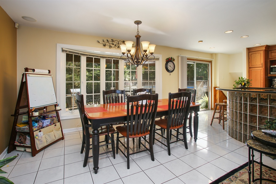 Real Estate Photography - 935 Richmond Ct, Elk Grove Village, IL, 60007 - Dining Room