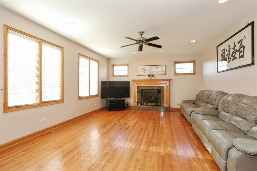 Real Estate Photography - 1204 Richmond Ave., Westmont, IL, 60559 - Family Room