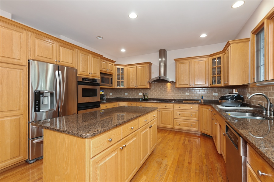 Real Estate Photography - 1204 Richmond Ave., Westmont, IL, 60559 - Kitchen