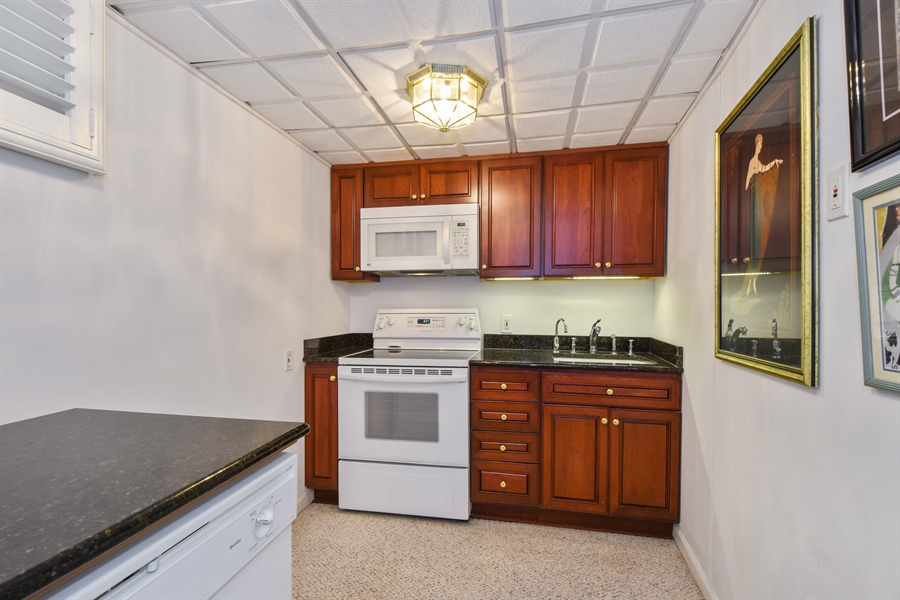 Real Estate Photography - 250 Wyngate, Barrington, IL, 60010 - Basement Kitchen