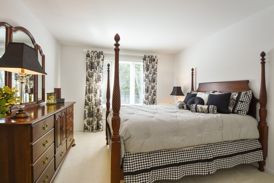 Real Estate Photography - 250 Wyngate, Barrington, IL, 60010 - 5th Bedroom
