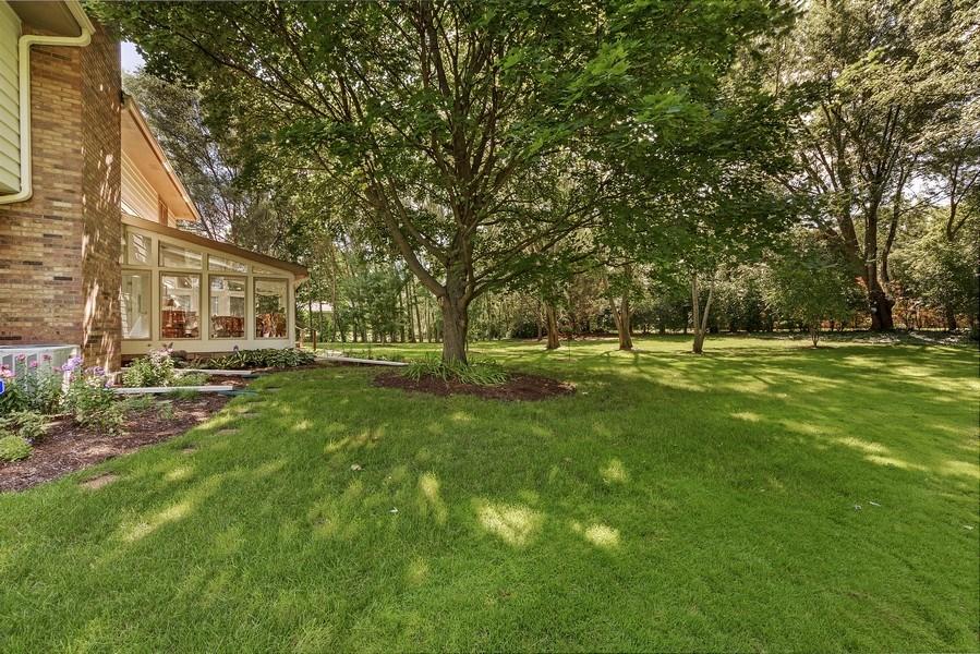 Real Estate Photography - 250 Wyngate, Barrington, IL, 60010 - Back Yard