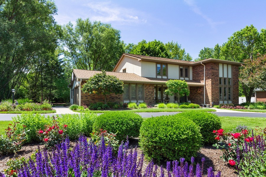 Real Estate Photography - 250 Wyngate, Barrington, IL, 60010 - Spectacular Curb Appeal on over a 1/2 Acre of Beau