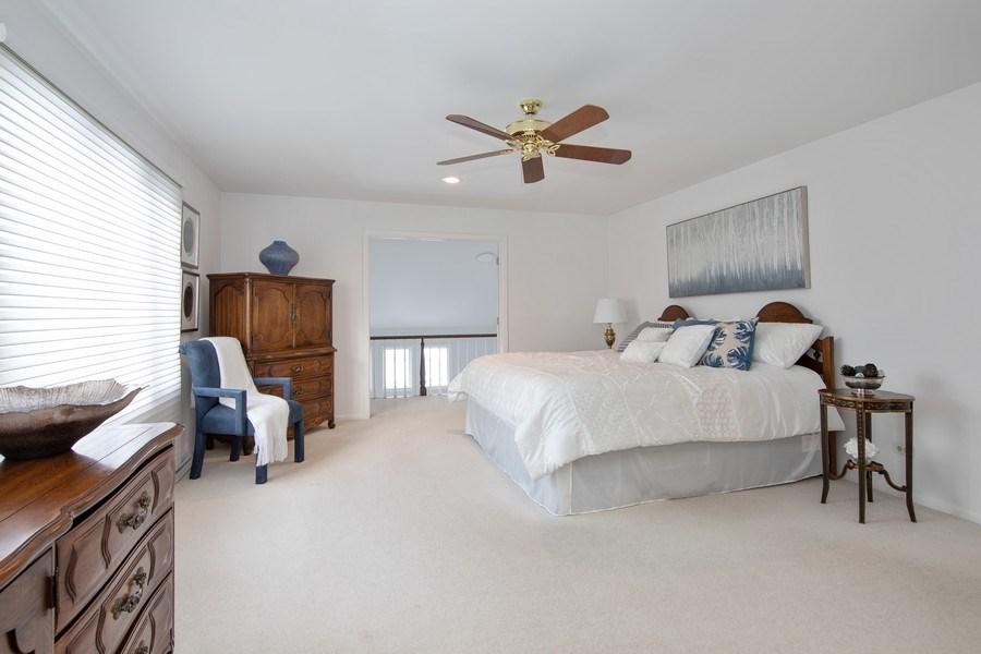Real Estate Photography - 250 Wyngate, Barrington, IL, 60010 -