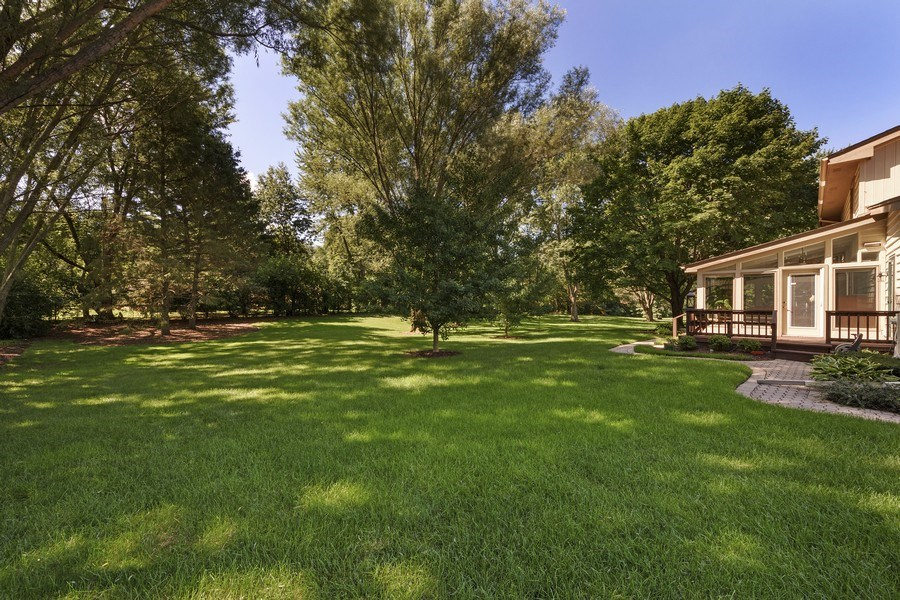 Real Estate Photography - 250 Wyngate, Barrington, IL, 60010 - Back Yard