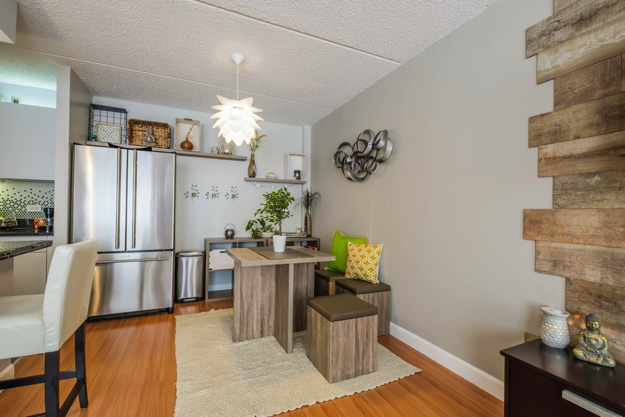 Real Estate Photography - 2024 Saint Johns Ave, 302, Highland Park, IL, 60035 - Dining Room