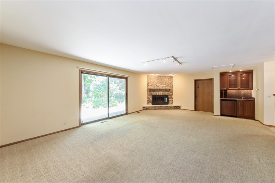 Real Estate Photography - 3420 Richnee Lane, Rolling Meadows, IL, 60008 - Family Room