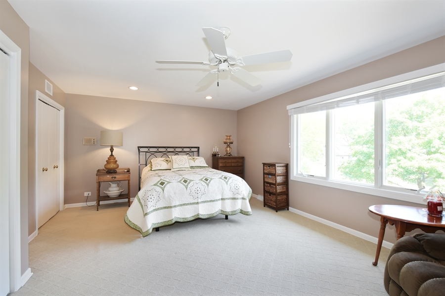 Real Estate Photography - 1680 Portage Pass, Deerfield, IL, 60015 - Master Bedroom