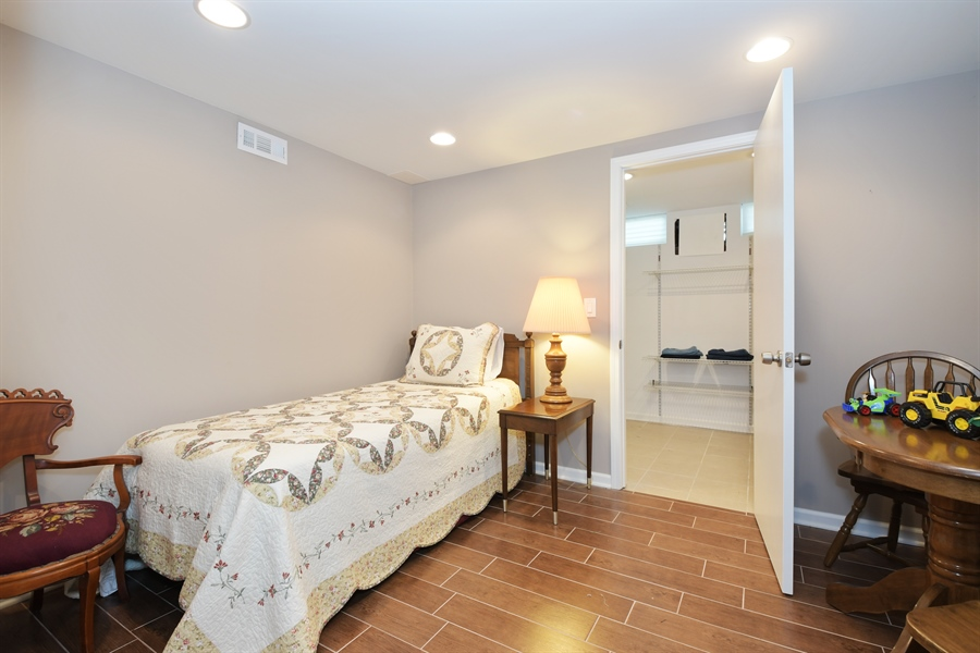 Real Estate Photography - 1680 Portage Pass, Deerfield, IL, 60015 - 3rd Bedroom