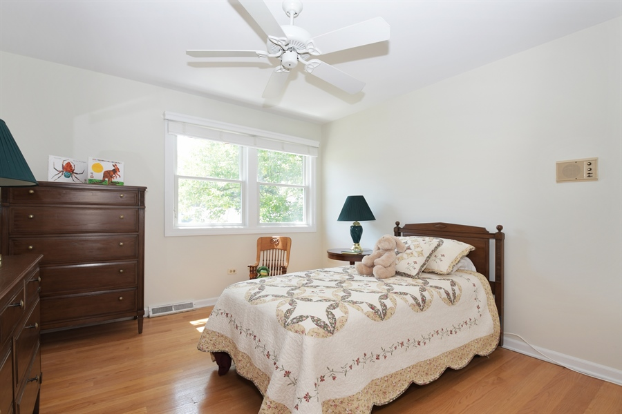 Real Estate Photography - 1680 Portage Pass, Deerfield, IL, 60015 - Bedroom