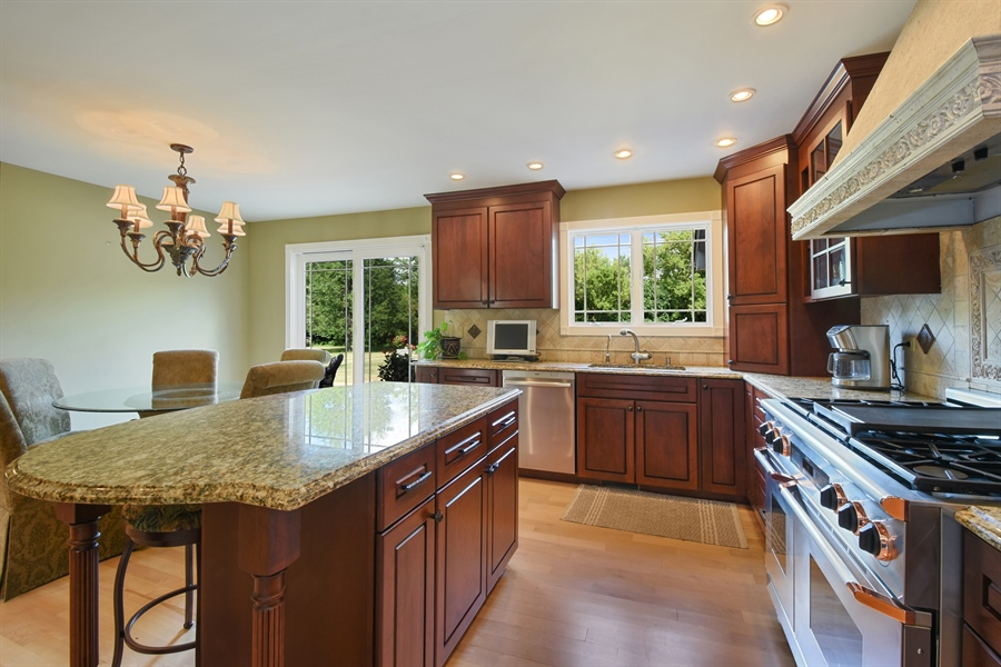 Real Estate Photography - 2538 Shenandoah Lane, Long Grove, IL, 60047 - Kitchen