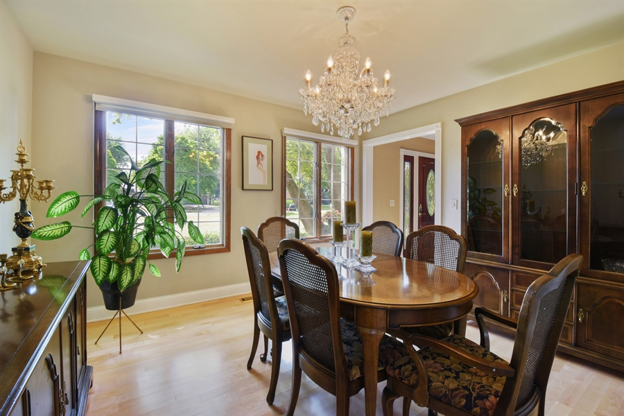 Real Estate Photography - 2538 Shenandoah Lane, Long Grove, IL, 60047 - Dining Room