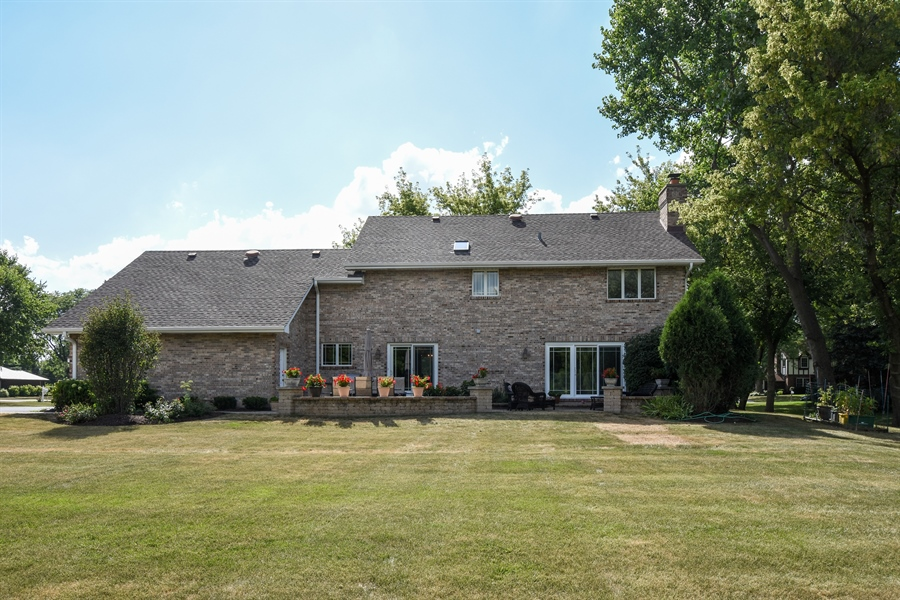 Real Estate Photography - 2538 Shenandoah Lane, Long Grove, IL, 60047 - Rear View