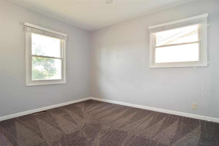 Real Estate Photography - 441 Walnut Ln, Elk Grove Village, IL, 60007 - Master Bedroom