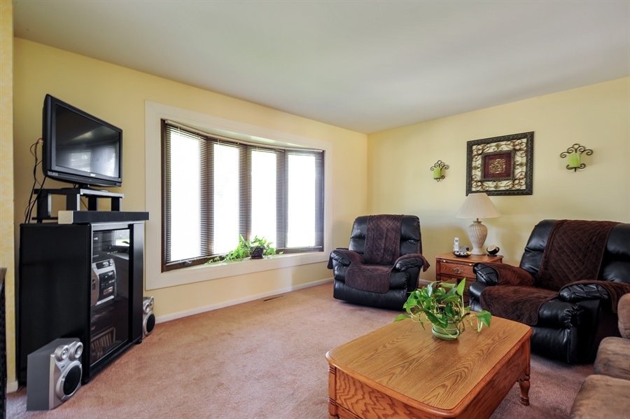 Real Estate Photography - 505 Mohican Trl, Lake in the Hills, IL, 60156 - Living Room