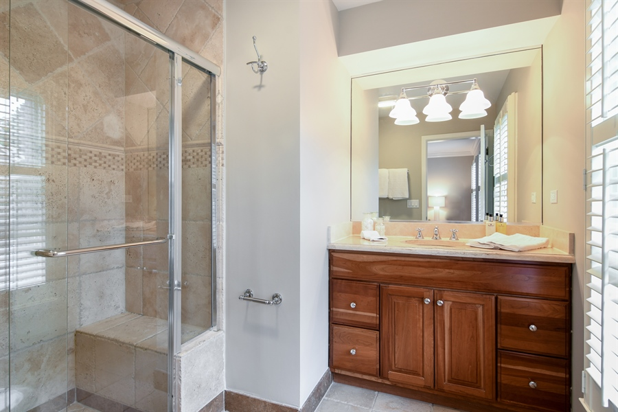 Real Estate Photography - 905 Westerfield Drive, Wilmette, IL, 60091 - Master Bathroom