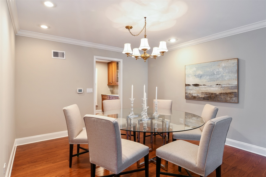 Real Estate Photography - 905 Westerfield Drive, Wilmette, IL, 60091 - Dining Room