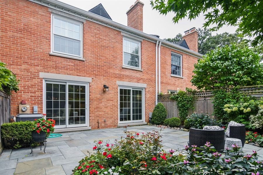 Real Estate Photography - 905 Westerfield Drive, Wilmette, IL, 60091 - Rear View
