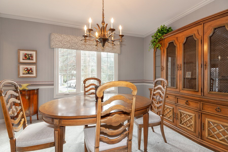 Real Estate Photography - 44 Thornhill Ct, Burr Ridge, IL, 60527 - Dining Room