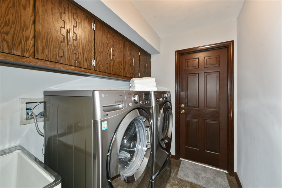 Real Estate Photography - 1212 Barneswood, Downers Grove, IL, 60515 - Laundry Room