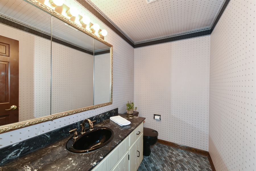 Real Estate Photography - 1212 Barneswood, Downers Grove, IL, 60515 - Half Bath
