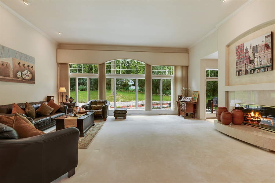 Real Estate Photography - n17w30595 woodland hill drive, delafield, WI, 53018 - Living Room