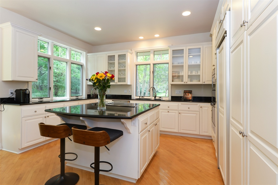 Real Estate Photography - n17w30595 woodland hill drive, delafield, WI, 53018 - Kitchen