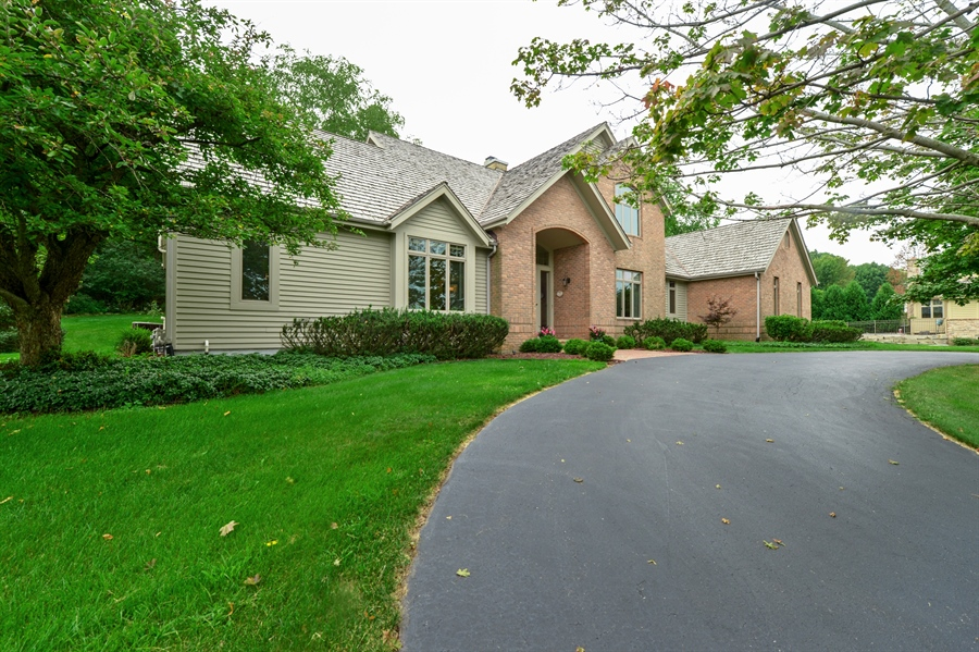 Real Estate Photography - n17w30595 woodland hill drive, delafield, WI, 53018 - Front View