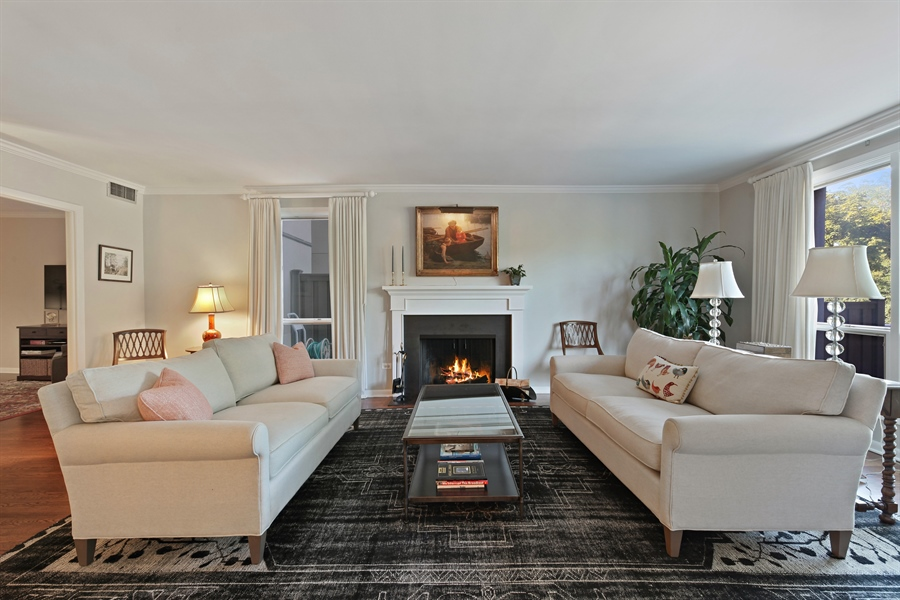 Real Estate Photography - 630 Winnetka Mews, Winnetka, IL, 60093 - Living Room