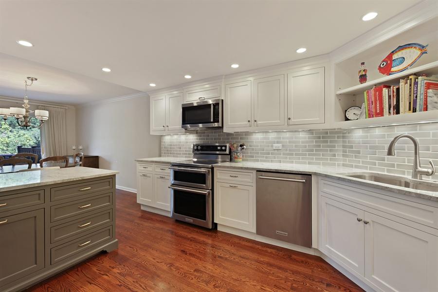 Real Estate Photography - 630 Winnetka Mews, Winnetka, IL, 60093 - Kitchen