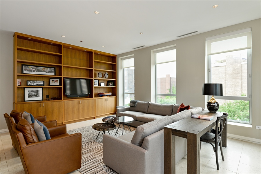 Real Estate Photography - 30 W Oak St, 6F, Chicago, IL, 60610 - Living Room