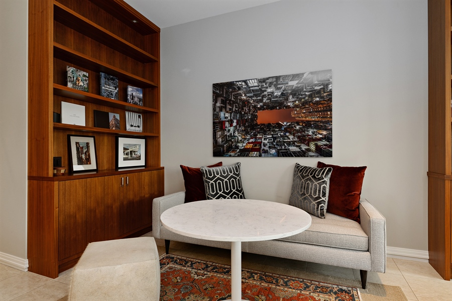 Real Estate Photography - 30 W Oak St, 6F, Chicago, IL, 60610 - Dining Room